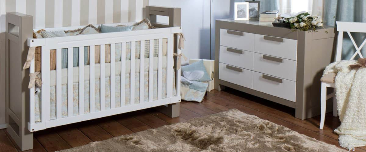 Ventianni Classic Crib - gray and white